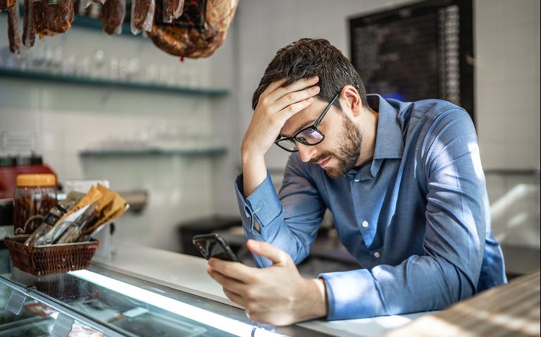 Клиент задерживает оплату: взыщите долг, пока не стало слишком поздно — инструкция от юриста