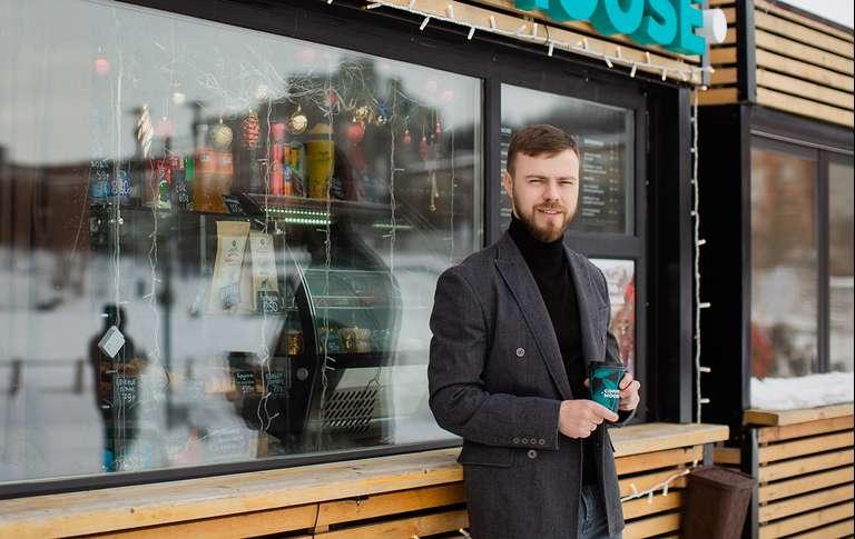 «Нашел франшизу на YouTube, занял 600 000 ₽ — и открыл кофейню». Бывший бармен — о том, как развивает бизнес в Мурманске без опыта и стартового капитала
