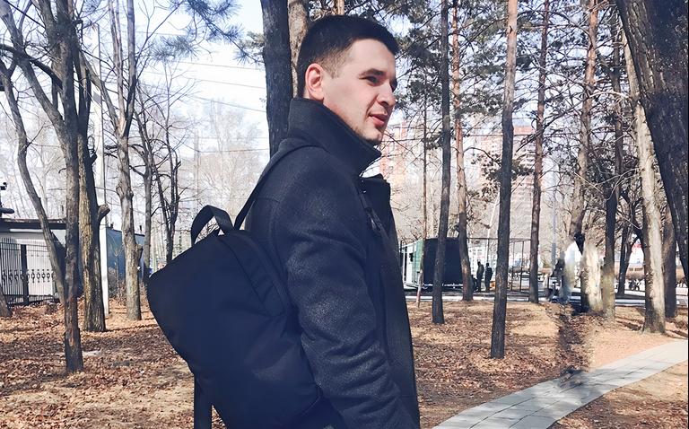 «Я собрал больше 500 000 ₽ с помощью краудфандинга»: предприниматель из Хабаровска — о том, как запустил производство рюкзаков благодаря кампании онлайн