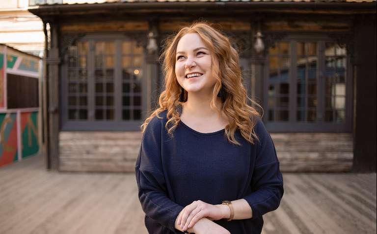 «Я продаю курсы по личной эффективности так, что 70% клиентов возвращаются»: нейробиолог Татьяна Смирнова — о заработке на онлайн-школе
