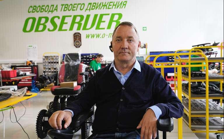 «Хочу сделать инвалидную коляску, на которой можно покорить Эльбрус»: социальный предприниматель Роман Аранин — о своём бизнесе